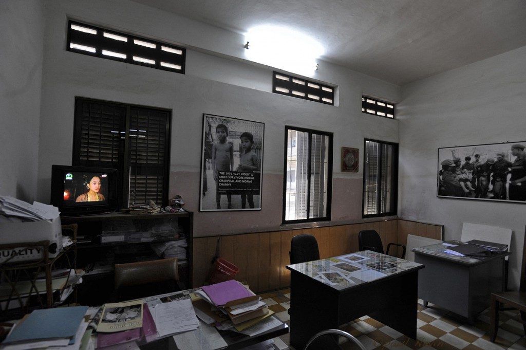 The school headmasters office was used as the prison administrators office. Nowadays the museum administrators office.